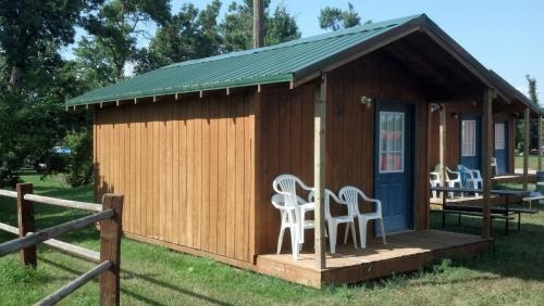 4 person cabins